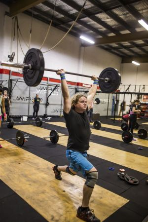 150724 CrossFit Wired Lifting 0594.jpg