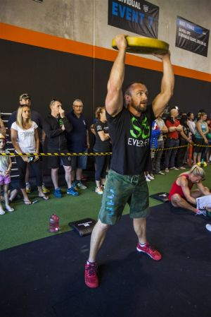 140831 CrossFit Nouveau Throwdown 0456_1.jpg